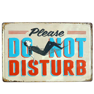 Plechová tabuľa retro Please do not disturb 30 x 20 cm